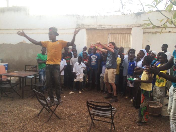 kid-on-chair-segou-dance